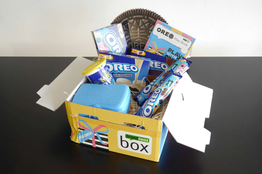 Oreo Play Box Brandnooz Box 2015 Unboxing